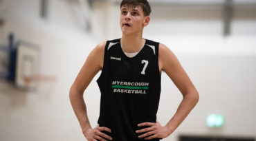 Top-seeded Myerscough advances past CoLA 83-62